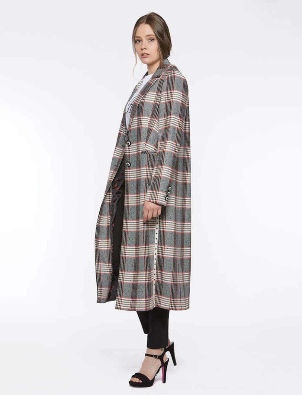 abrigo-cuadros-lateral