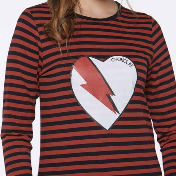 camiseta-rayas-corazon-frontal