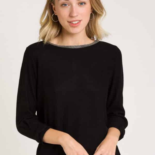 camiseta-suave-negro-frontal
