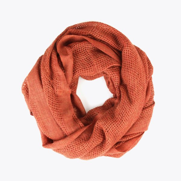 chal-textura-calado-naranja-enrrollado