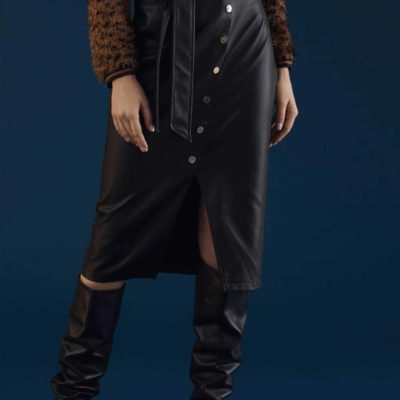 falda-negra-ecopiel-frontal