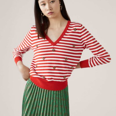 jersey-pico-rayas-aplicaciones-rojo