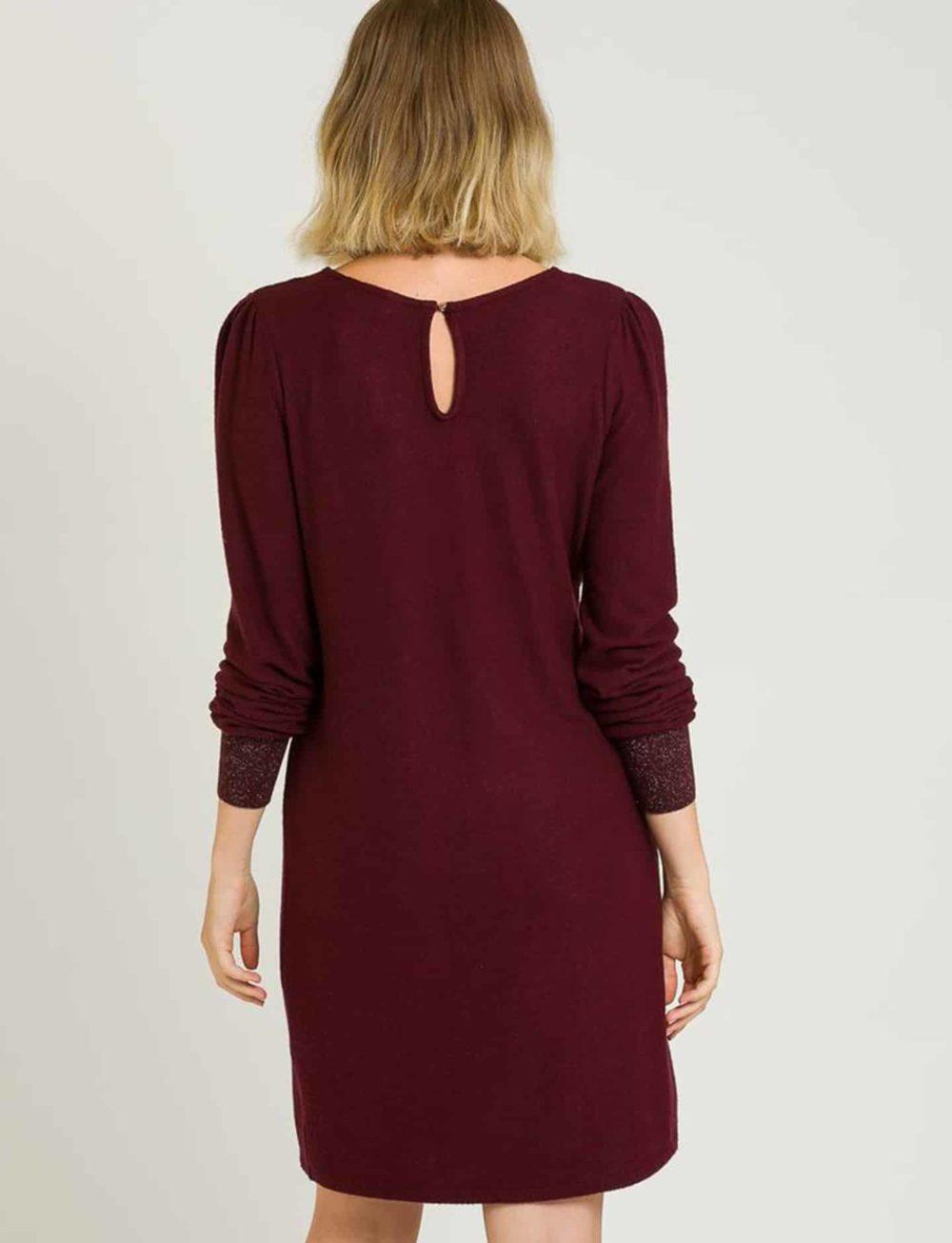 vestido-punto-bordeaux-espalda